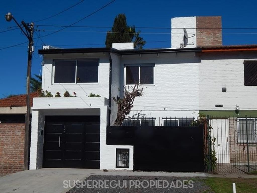 Casa en PH tipo Duplex de 3 Dormitorios en Calle 20 e/ 478 y 479 City Bell