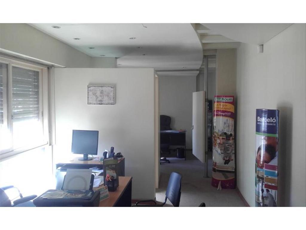 Oficina en alquiler en gral juan jose viamonte 800 for Oficinas en alquiler