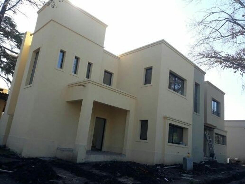 XINTEL(HGP-HGP-1292) Casa - Venta - Argentina, Bella Vista - Piñero   AL 500