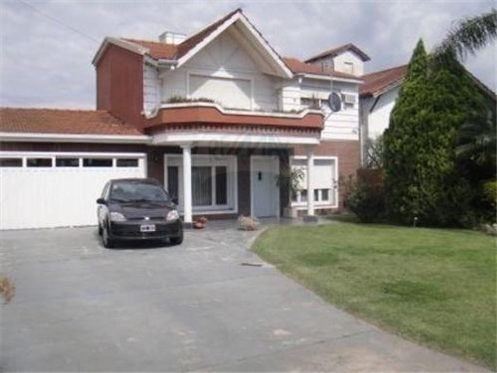 Casa En Venta En R O De La Plata 8800 Loma Hermosa