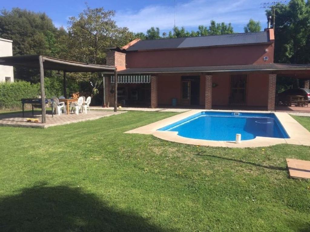 Casa quinta en venta APTA CREDITO HIPOTECARIO.