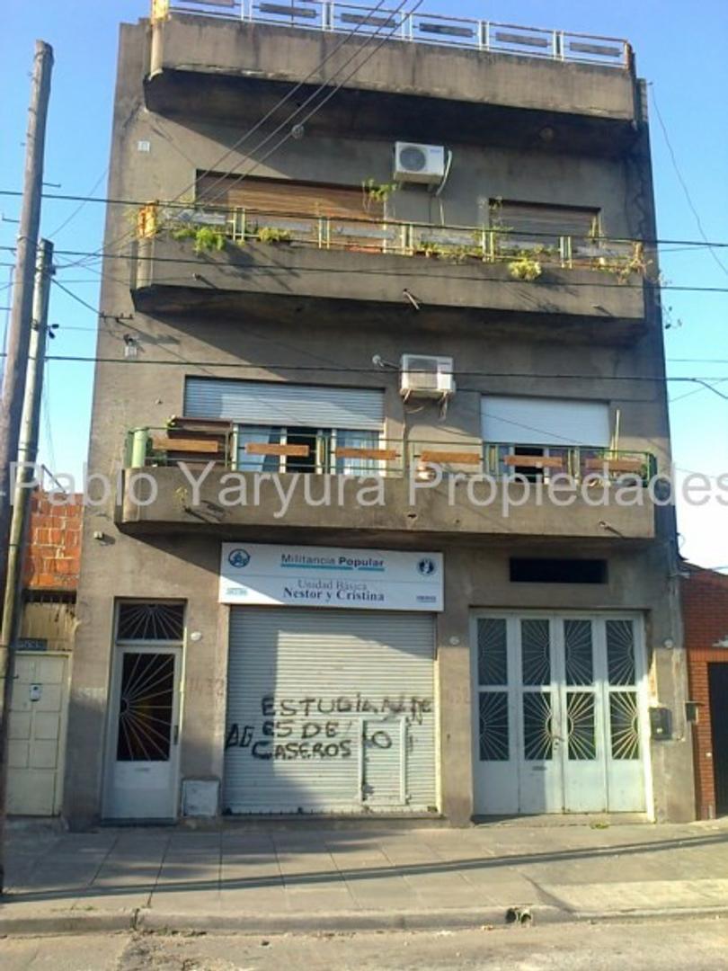 XINTEL(YAR-YA1-11778) Departamento Tipo Casa - Venta - Argentina, Tres de Febrero - COCCHIARARO F...