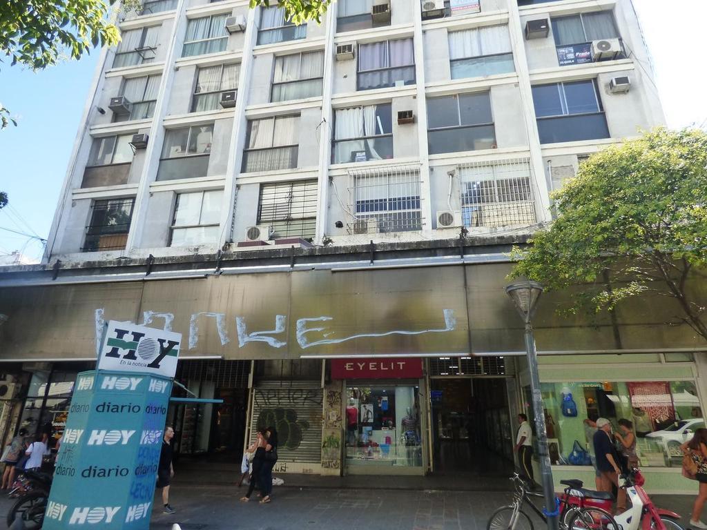 Oficina en venta en La Plata calle 8 e/ 48 y 49 Dacal Bienes Raices