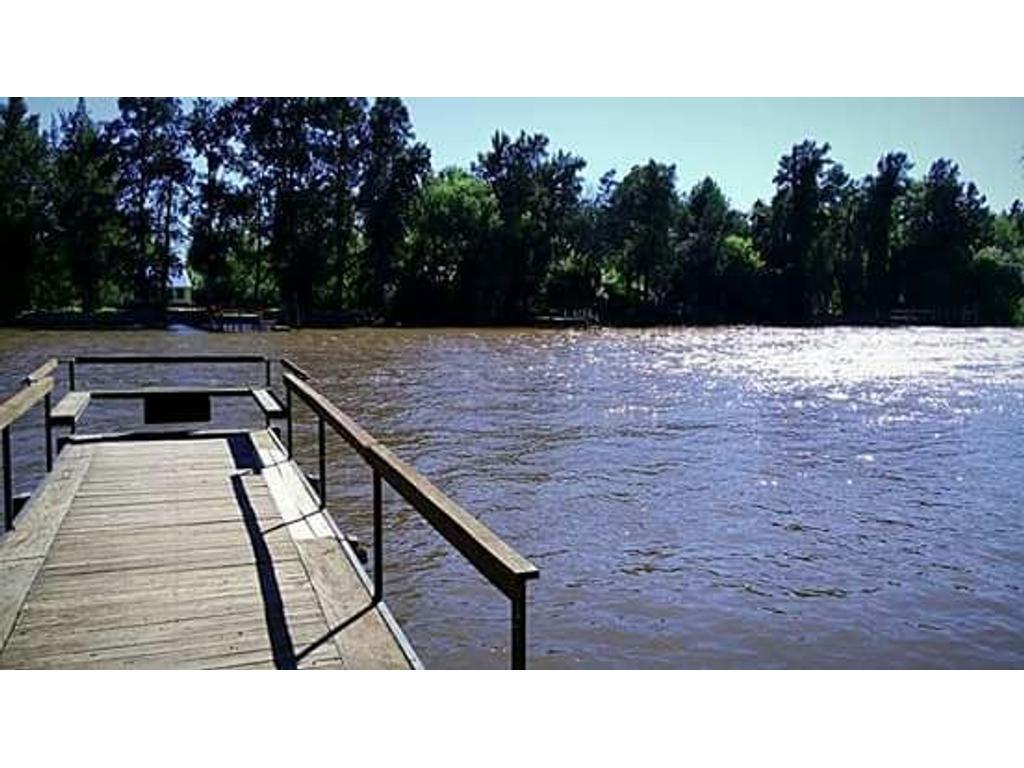 Casa sobre el Río Luján - DIQUE LUJAN