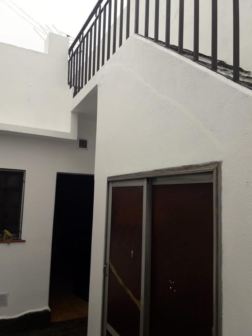 Casa en Venta en Moron Sur - 4 ambientes