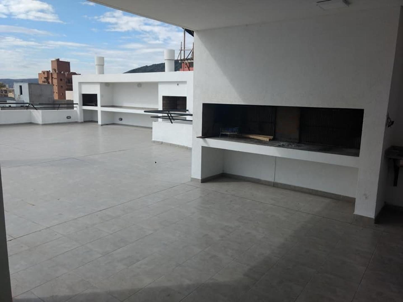 VENTA DEPARTAMENTO EN EL CENTRO DE VILLA CARLOS PAZ CON COCHERA - Foto 39