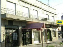Departamento  t/ casa Planta Alta