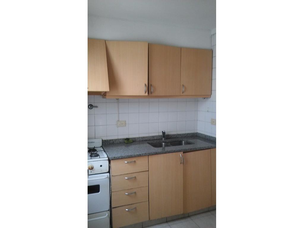 Departamento En Alquiler En Av Presbistero Pedro F Uriarte 387  # Muebles Uriarte
