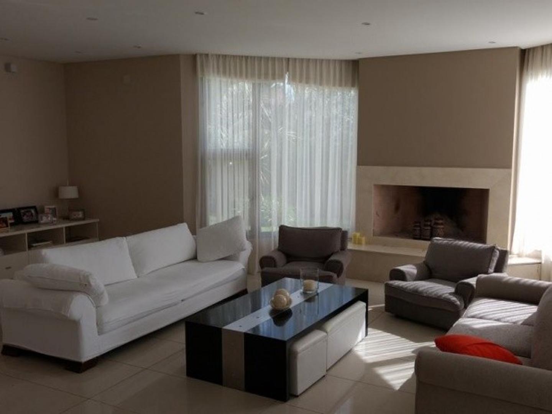 Casa en Alquiler de 520,0 m2