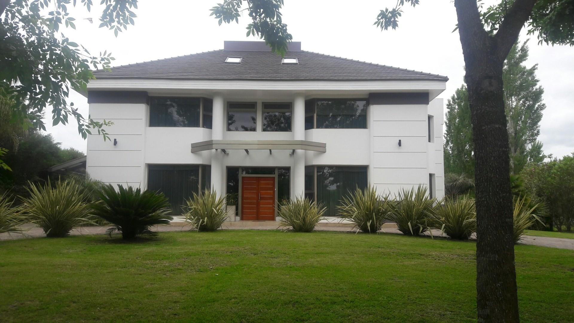 Casa en Alquiler - $ 150.000