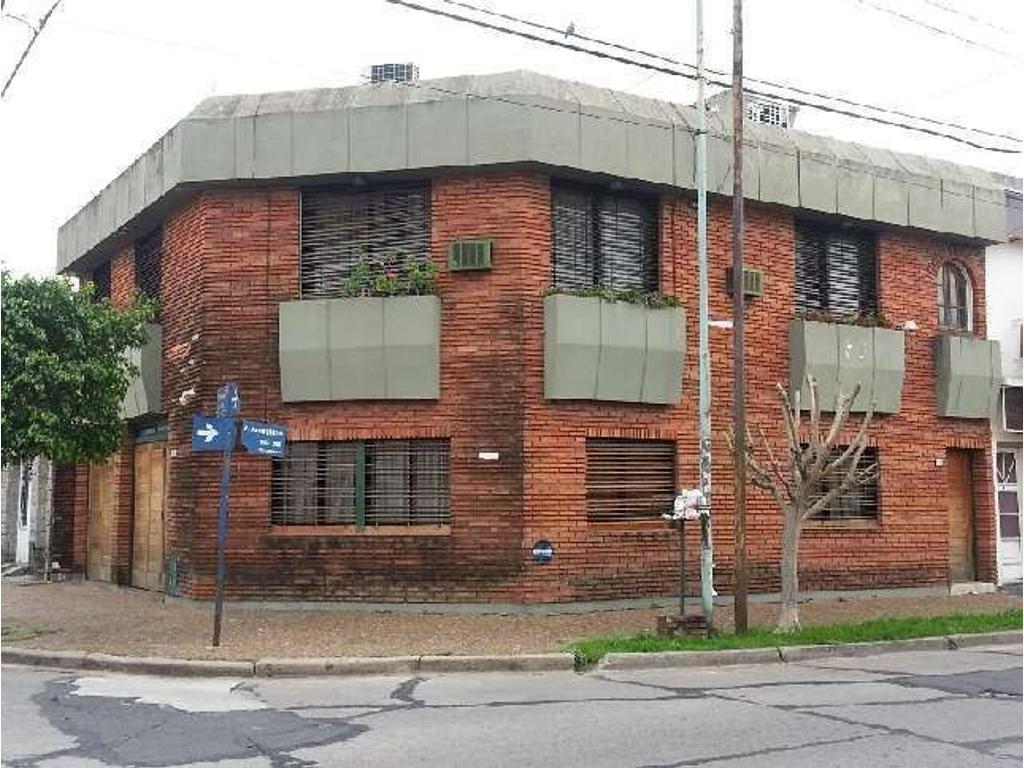 Casa en Villa Sarmiento