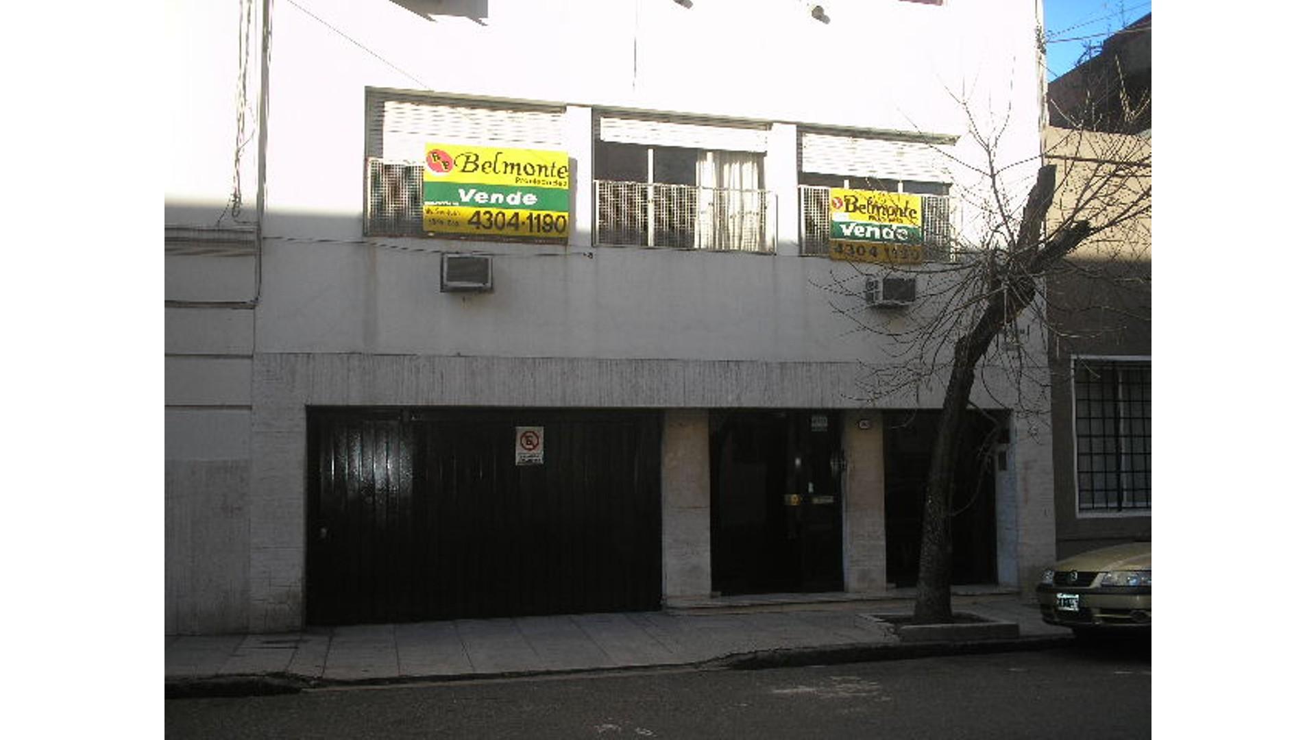 REGIO SEMI-PISO DE 3 AMB. AL FRENTE - MUY LUMINOSO - CERCA DE AVENIDAS...