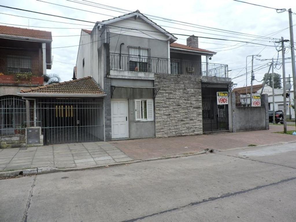 Amplia casa en Don Bosco