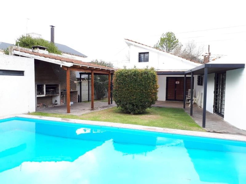 Casa en Venta en La Plata - 6 ambientes