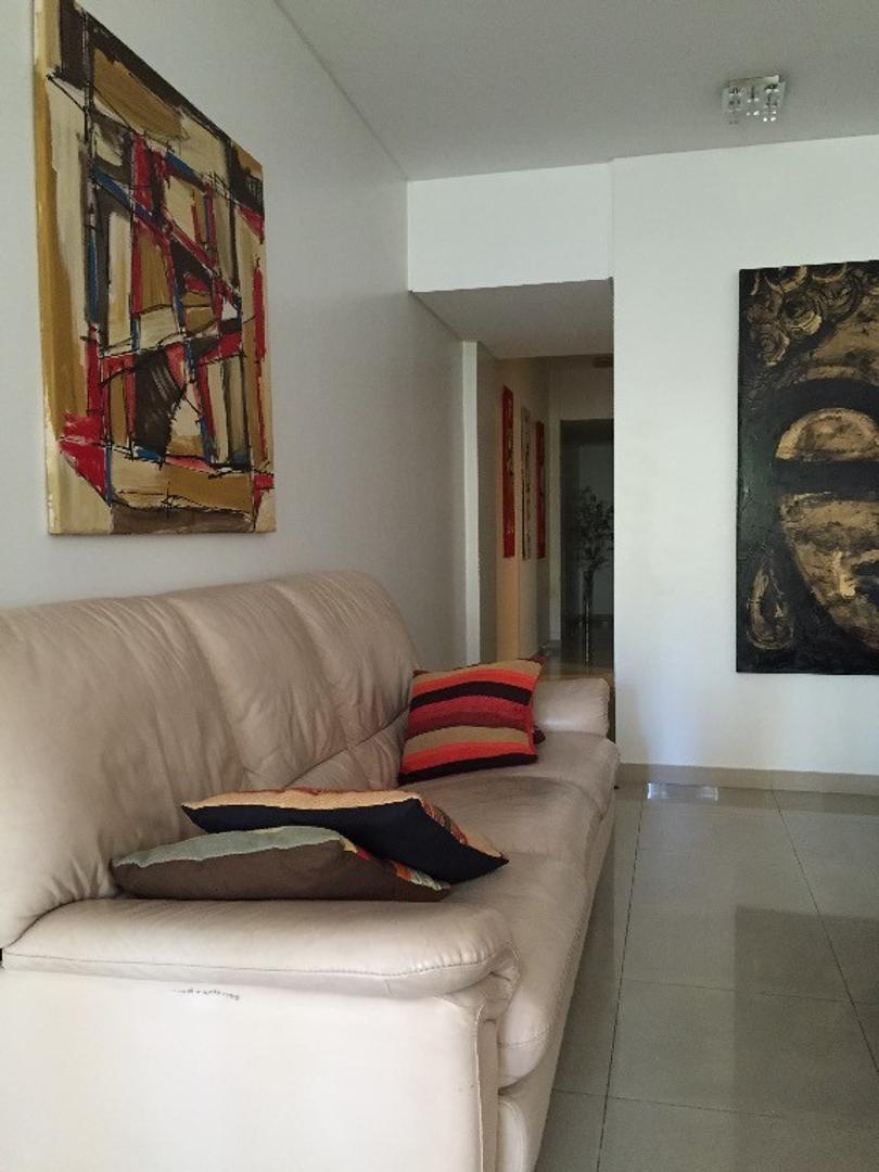 Venta departamento de 4 ambientes en Villa Urquiza, 3 dormitorios, cocina comedor, balcón aterrazado