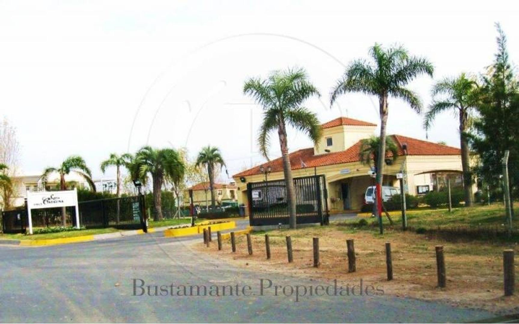 BUSTAMANTE PROP.-  SANTA CATALINA - 5824 -  escriturable apto crédito - Barrio Cerrado - Lote - Ven