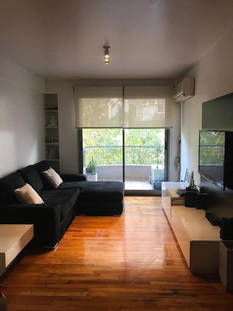 Dueño vende muy buen semipiso de 3 ambientes con balcón al frente orientación N