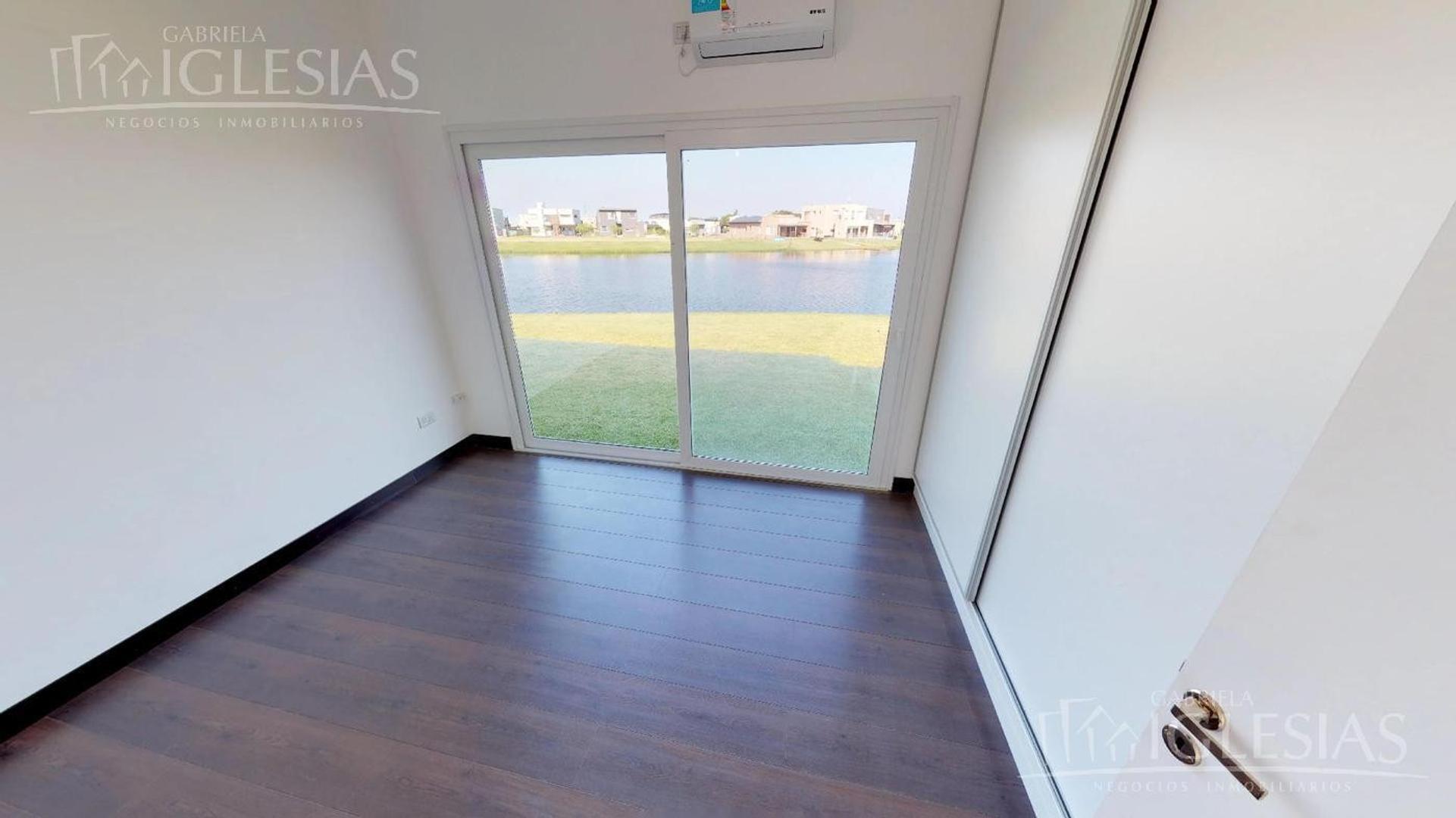Casa - 170 m² | 3 dormitorios | 3 años