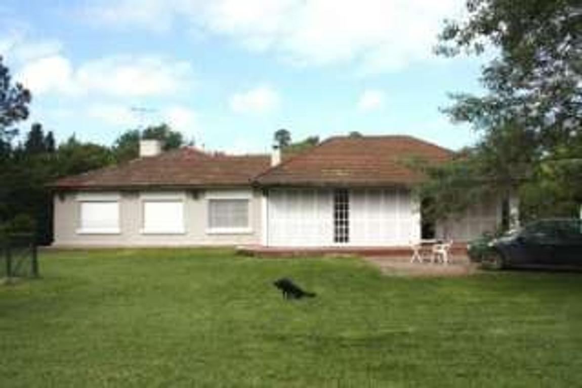 Casa en Venta de 5 ambientes en Buenos Aires, Pdo. de San Miguel, Bella Vista