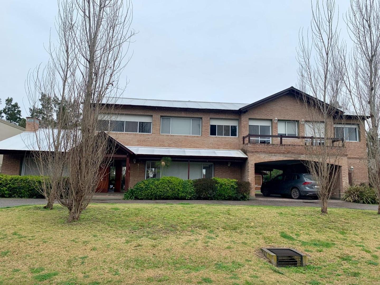 Casa en Venta en Fisherton - 8 ambientes