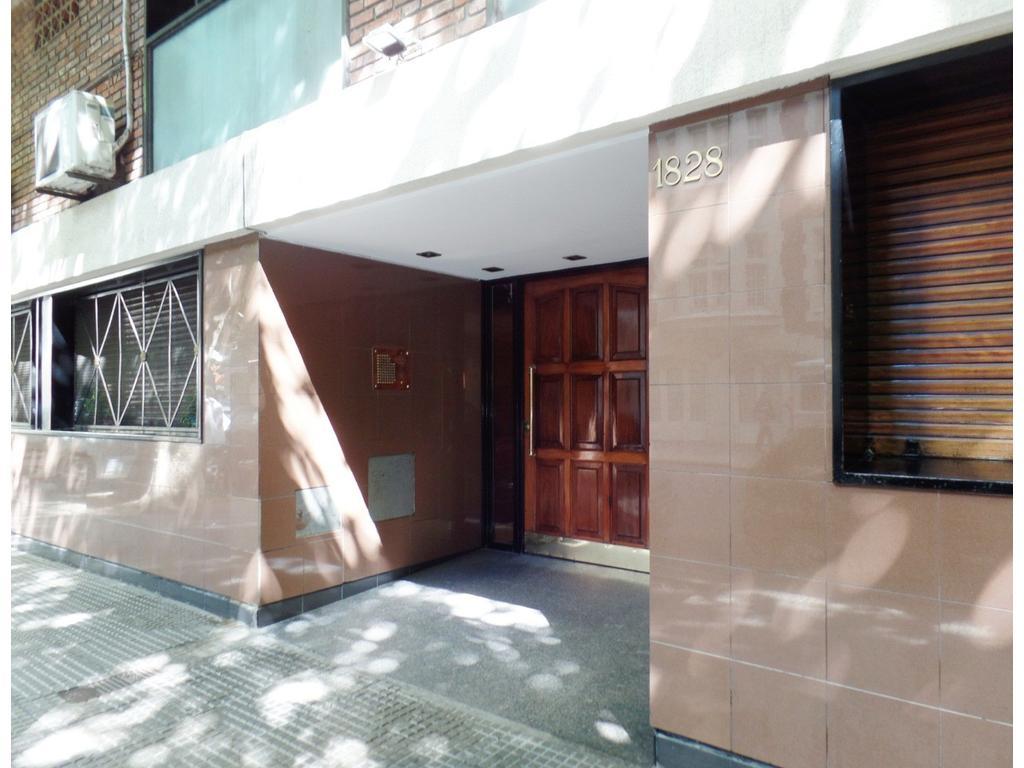 Laprida entre French y Peña Departamento de 2 ambientes con balcón en venta