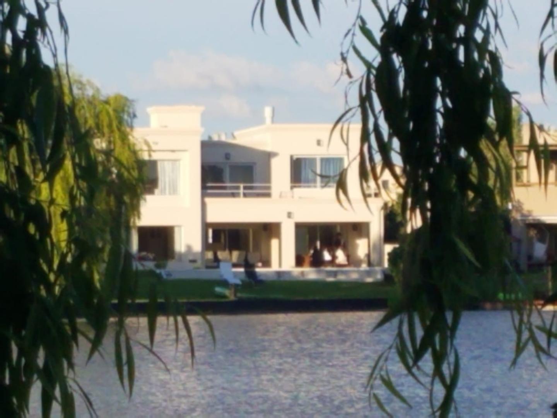 Casa en Alquiler Por Temporada en La Laguna