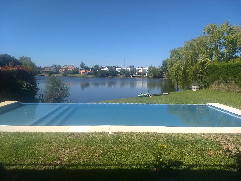Casa en Alquiler Por Temporada en La Laguna - 23 ambientes