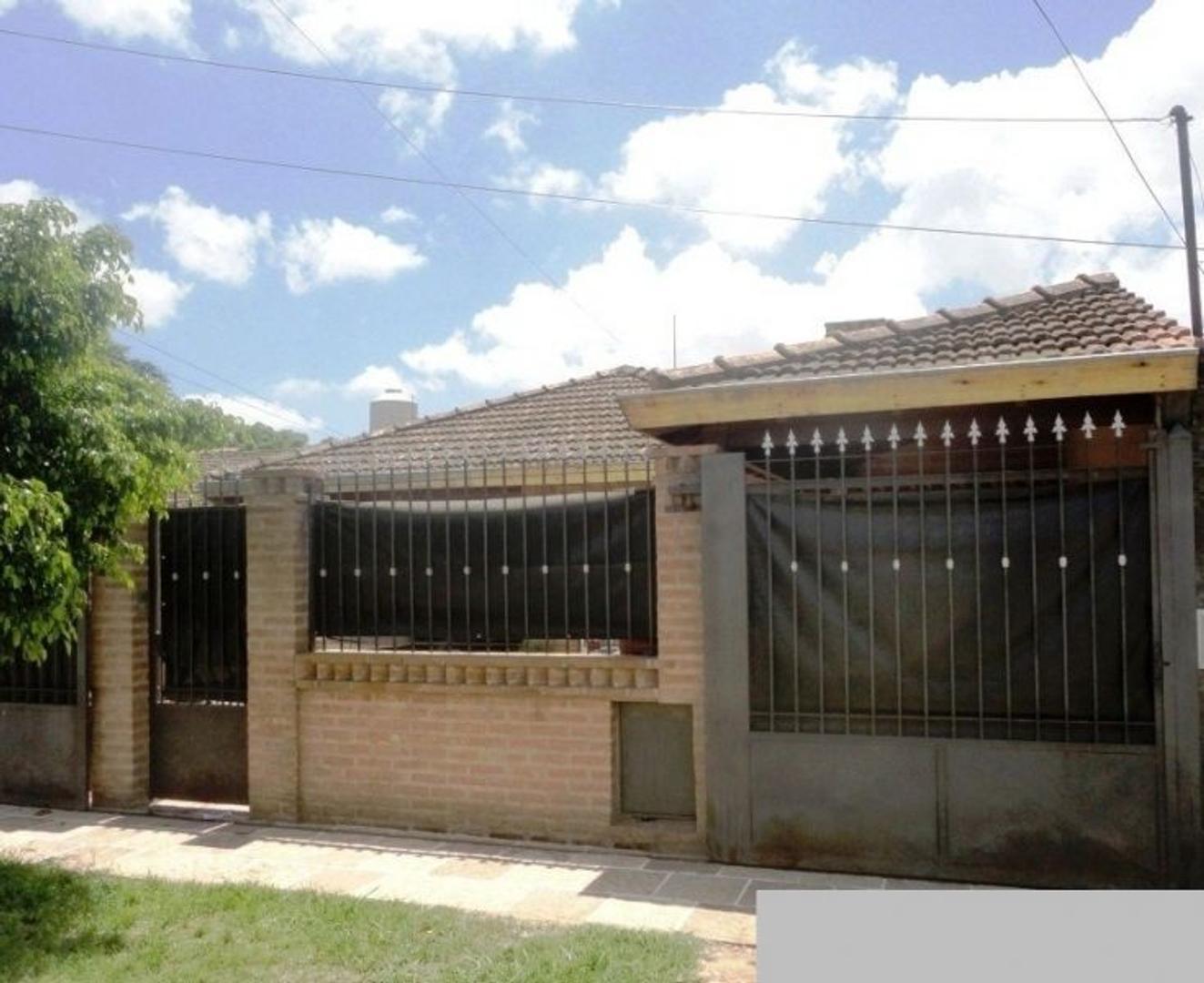XINTEL(FNE-FNM-1233) Casa - Venta - Argentina, San Miguel - Rosetti 1980