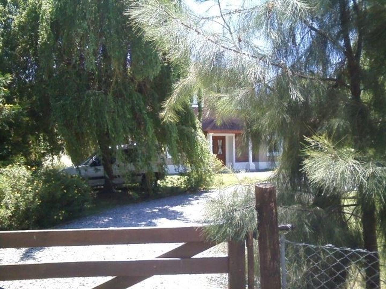 Excelente casa para disfrutar !! Ubicacion Campos de Roca.