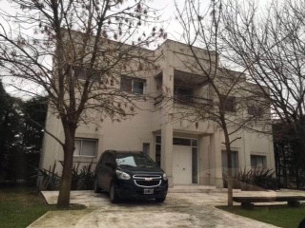 Ombúes de Hudson casa moderna impecable!!