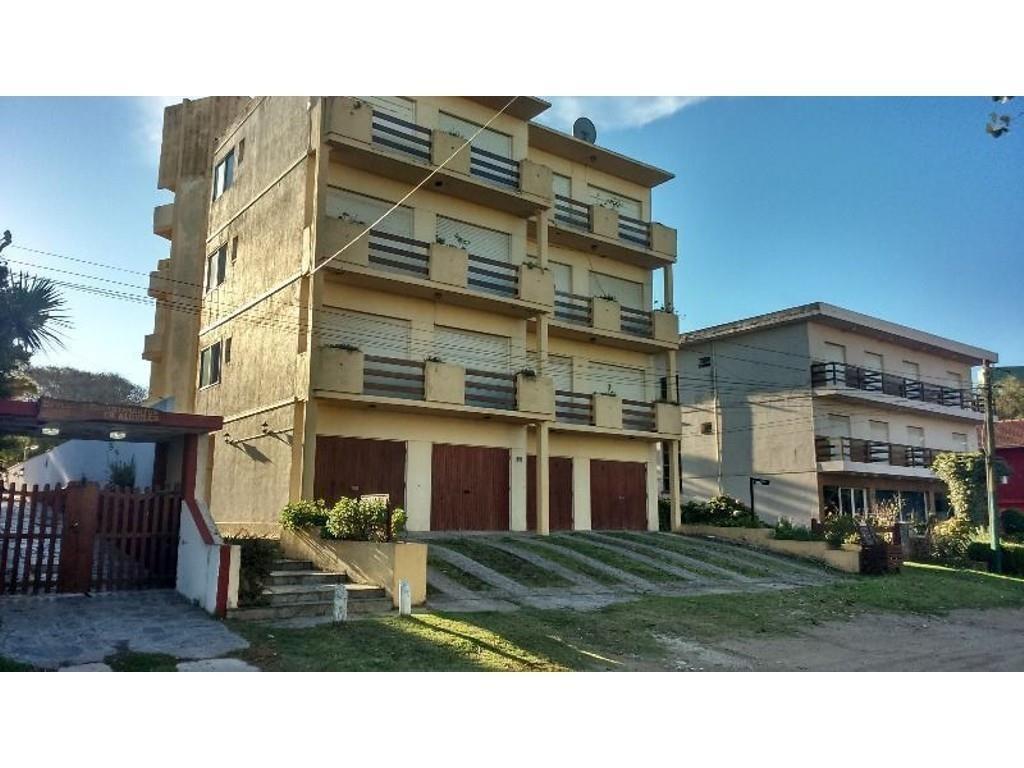 2 AMBIENTES en Edificio LEMA 1 -  Amueblado 4 personas Muy  Bueno -1 1/2 cuadra playa con alquiler