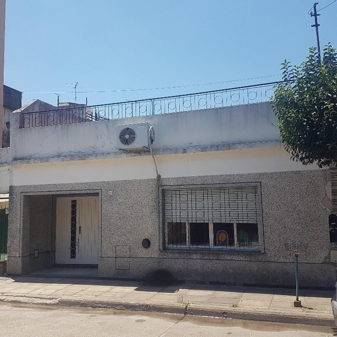 Casa Sobre Lote Propio - Sierra Grande y Nogoyá - Villa Devoto
