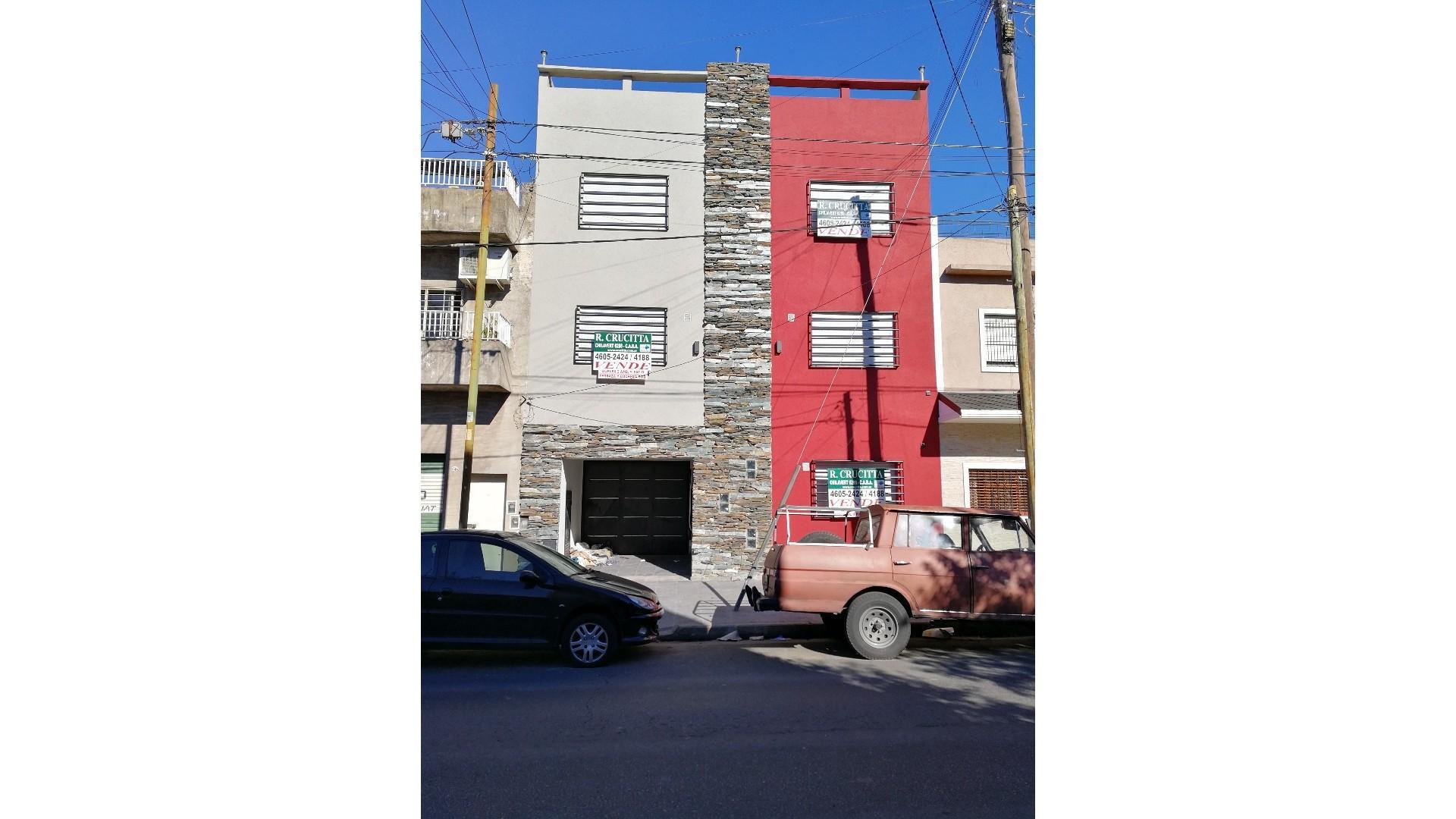 Depto en Duplex 2 amb. c/coch cub - VENTA