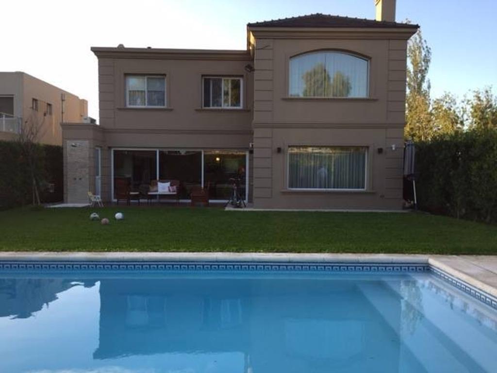 Casa en Barrio Barrancas de Guido, Quilmes
