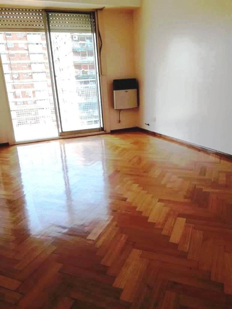 Rivadavia 5200, Piso 14 - 3 ambientes