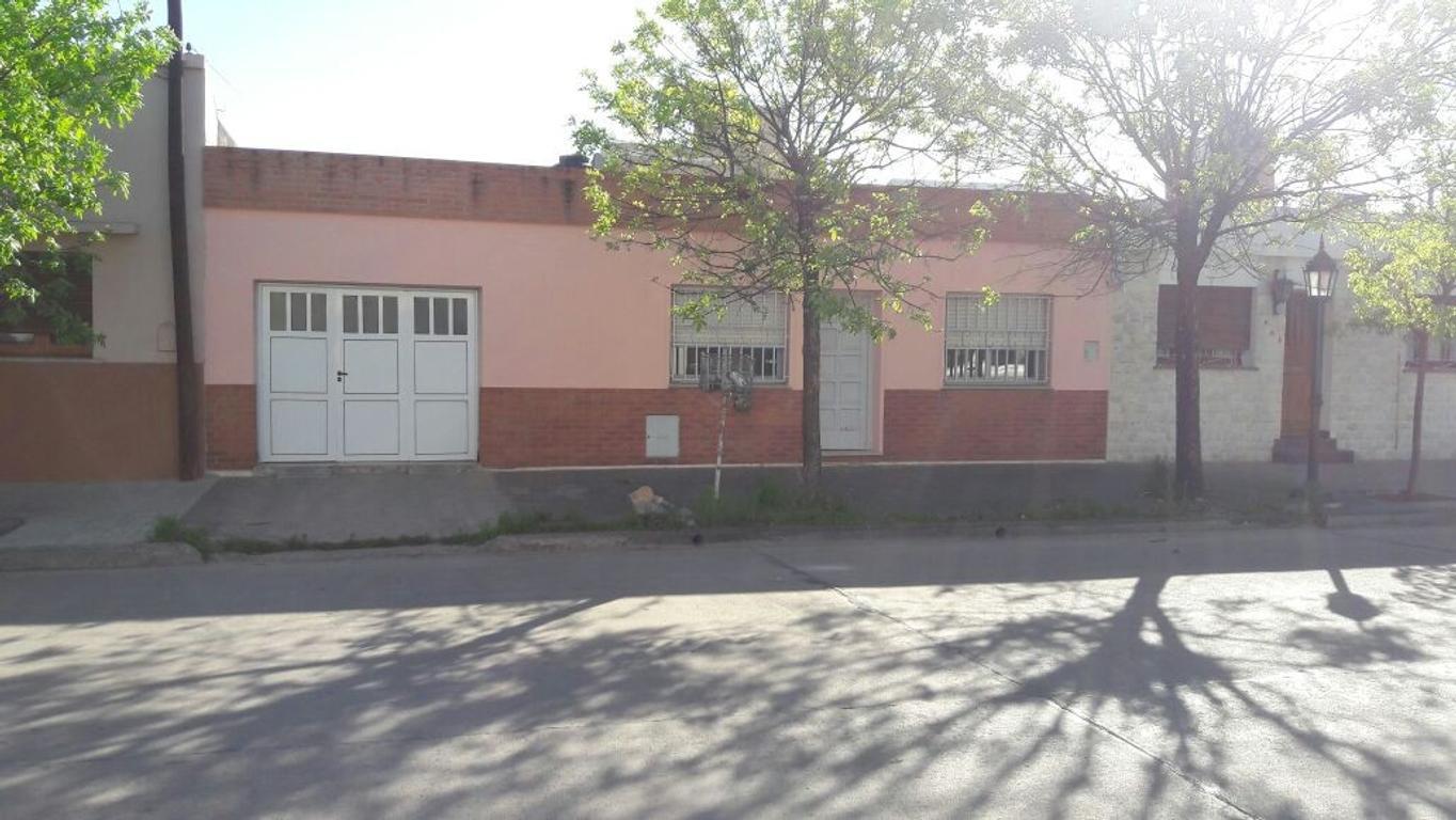 Hermosa Casa de 3 Dormtiorios - Villa María - José Ingenieros al 800- Inmejorable Zona -APTO CREDITO