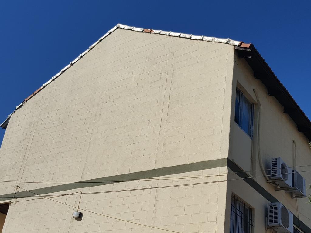 Alquiler 4 dormitorios 2 baños cochera Dúplex San Cayetano 1er.Piso $11.000 0362-154826003