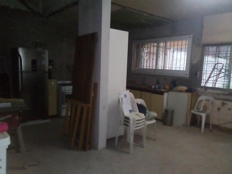 Casa - 3 dormitorios | 20 años | 3 baños