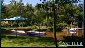 Venta de importante complejo de Cabañas sobre Río Carabelas