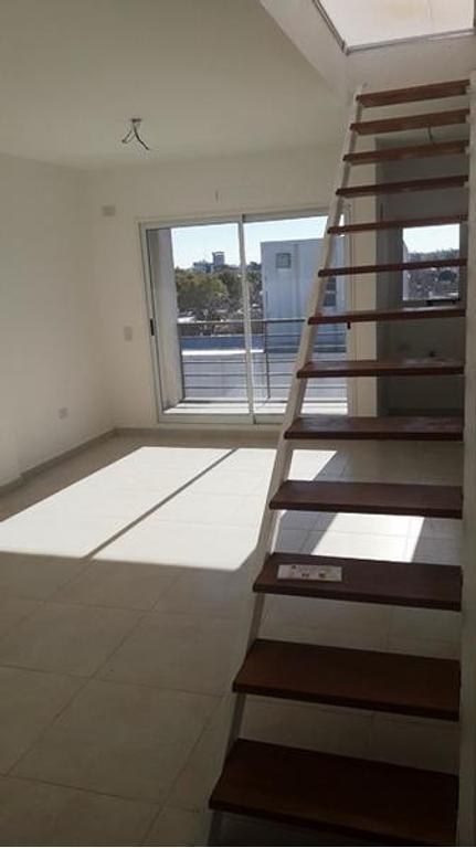 Apto Credito V Pueyrredon Mosconi 3400 2 ambientes con Terraza en Venta