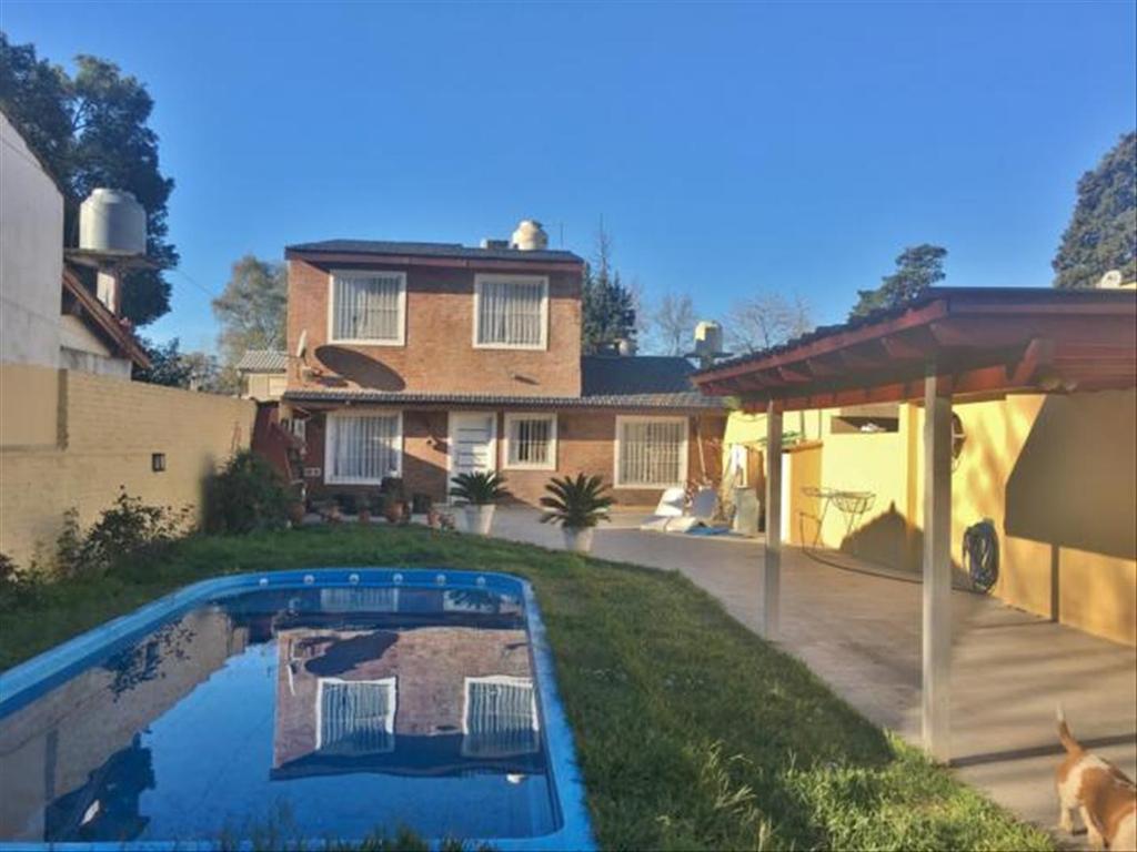 Casa en Venta de 4 ambientes en Buenos Aires, Pdo. de Malvinas Argentinas, Tortuguitas