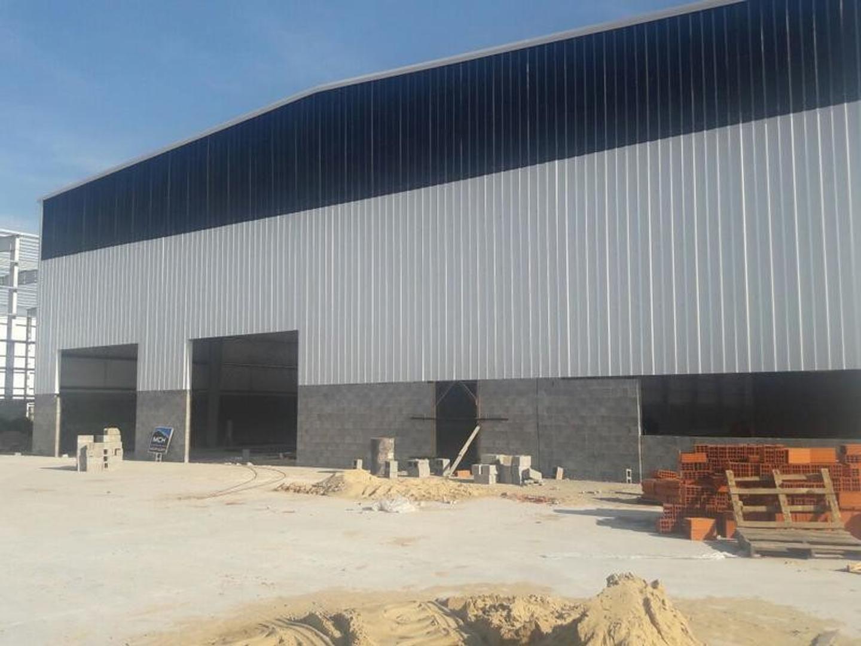 Nave Industrial 2400 m2 en Polo Industrial Ezeiza