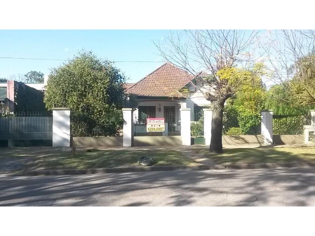 Casa en venta en bernardo de irigoyen 800 jose marmol for Casas en jose marmol