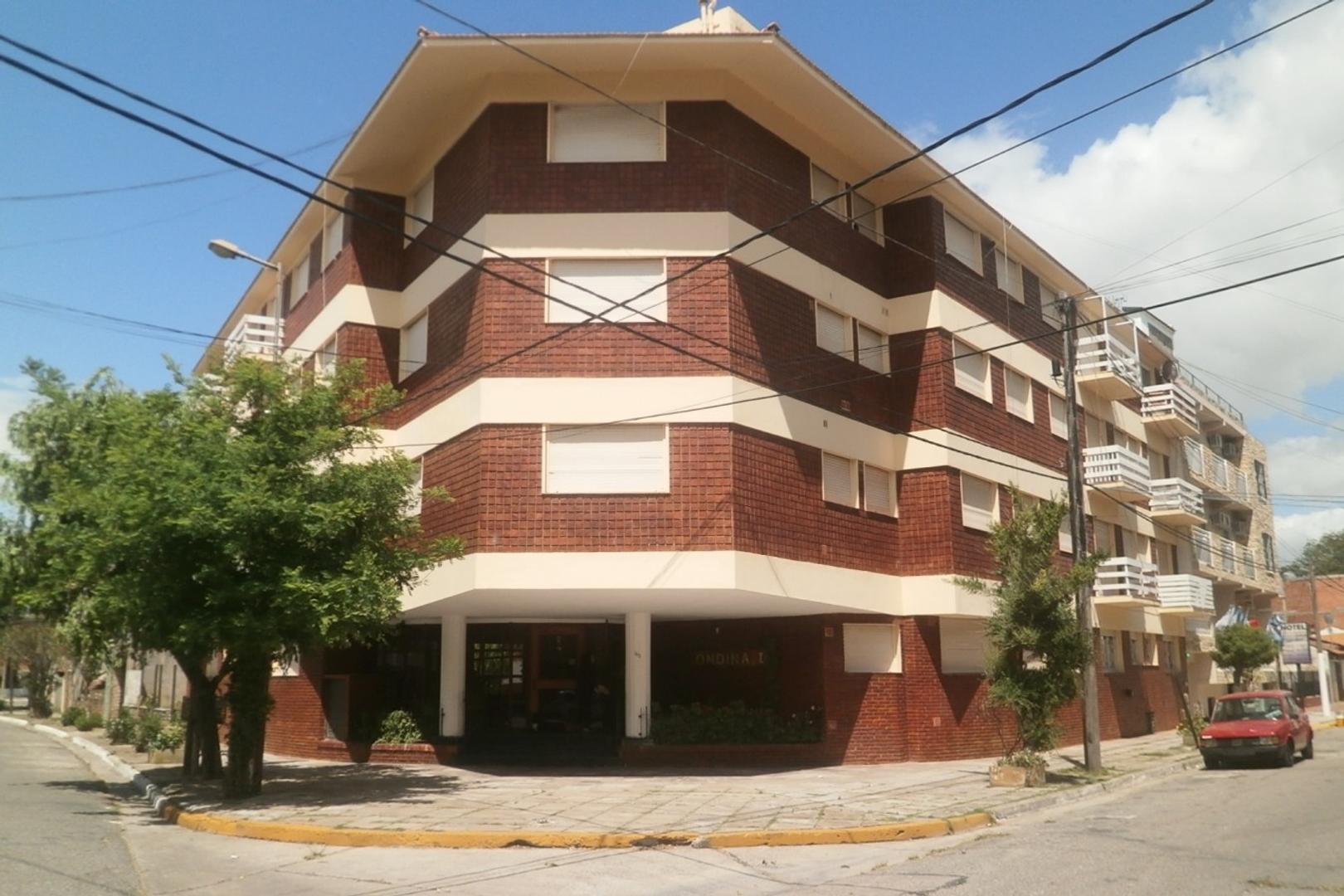 EXCELENTE 2 AMB. CON GAS NATURAL CONECTADO muy buen edificio y barrio. CONSULTE!!!