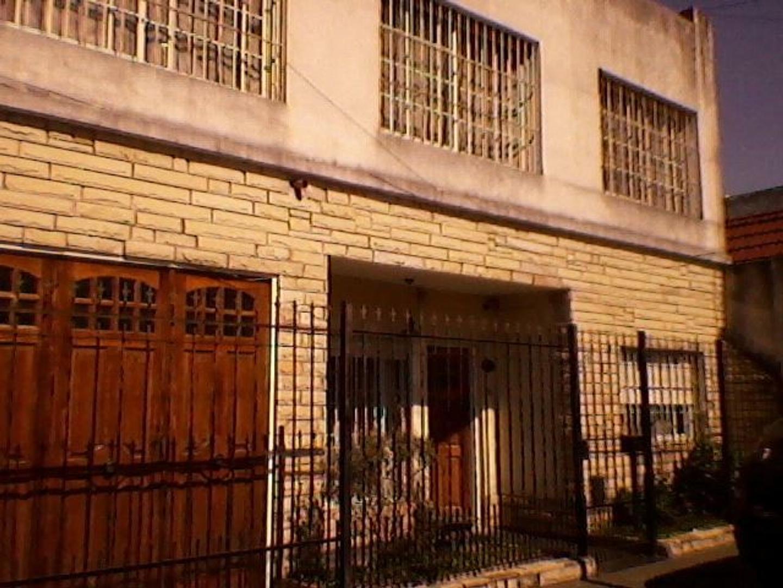 Casa en Haedo, Morón, Buenos Aires USD 160000 - Namuncura 916 (Código: 486-272)