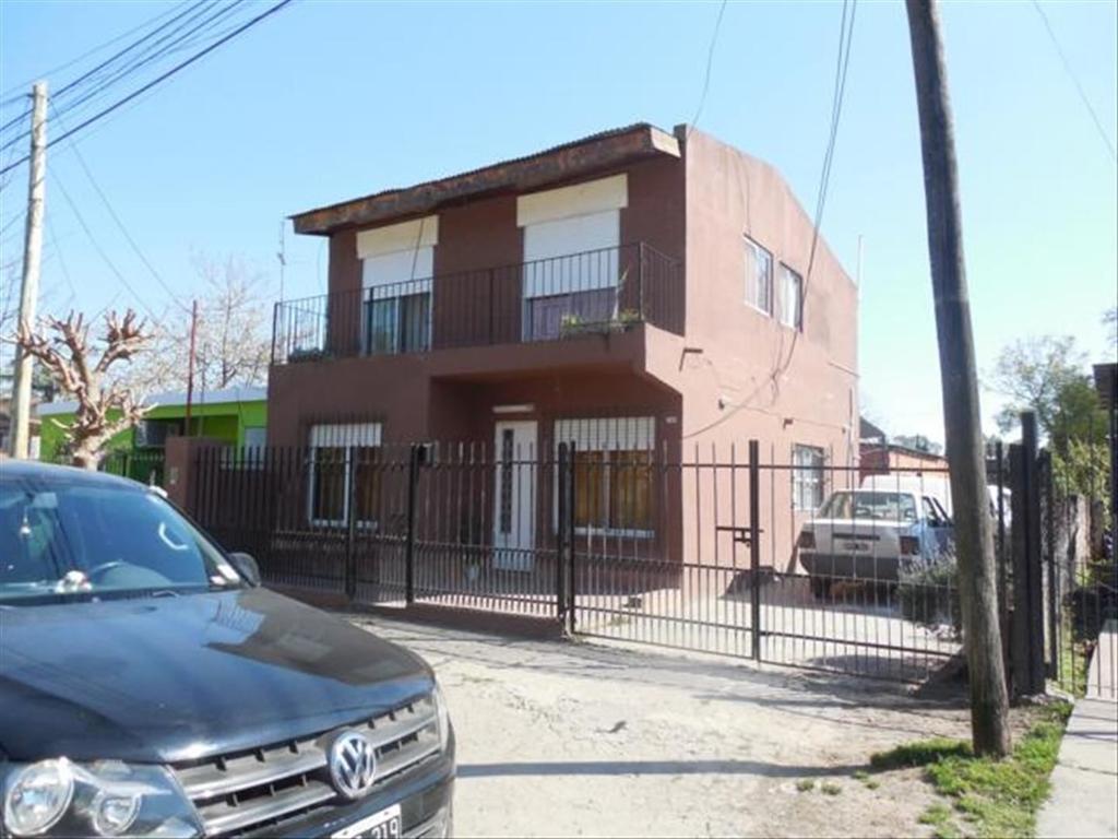 Casa en Venta de 5 ambientes en Buenos Aires, Pdo. de Tigre, Benavidez, Barrio El Arco
