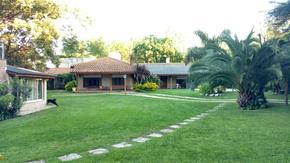 Alquiler Temporario Casa quinta en Pacheco.