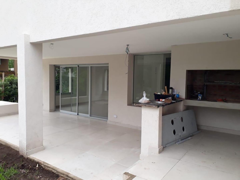 Casa en Venta en Miraflores - 4 ambientes