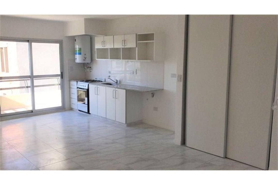 Monoambiente, de 42 m2, A estrenar, Caseros (R)