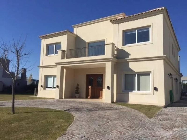 Casa en Venta en Nordelta Los Alisos - 6 ambientes